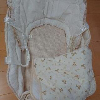 新生児用のかご