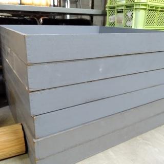 【あげます】木製の什器 87cm×90cm×10cm 灰色