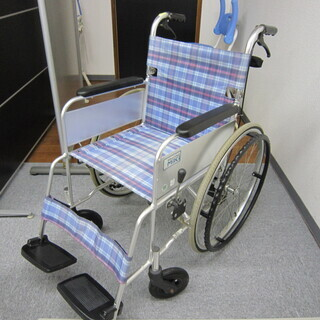 【中古】 車椅子 MIKI製