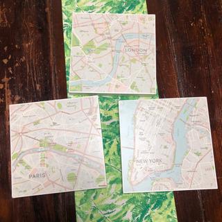 壁掛けの地図