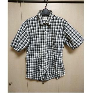 【中古・美品】シンプル☆ブラックグレーホワイト☆3色チェックシャツ☆