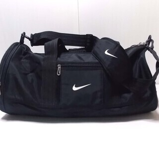 ★☆送料無料!「Nike」サイドポケット付きドラムバッグ☆★