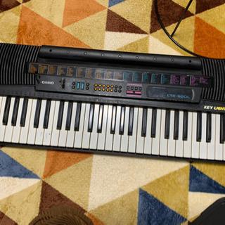 【ジャンク品】CASIOキーボード、ピアノ
