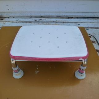 ボートなどの簡易座席に最適な お風呂イス 中古