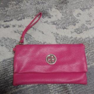 財布「ピンク色」