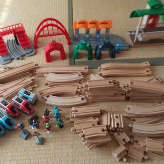 BRIOブリオの木製レールセット【男の子にオススメ!】