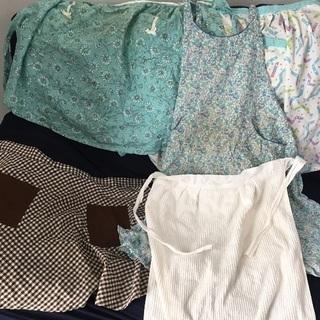 祖母宅の布その8 エプロン5枚 無料
