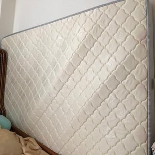 ベッドのマットレス(ダブルサイズ)ほぼ未使用