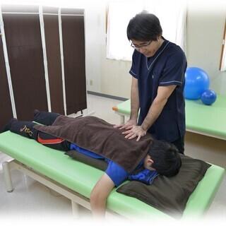 もーさんリハ院は医学博士・国家資格取得者が施術する、痛み・姿勢・運動パフォーマンス・麻痺・しびれ・マタニティーケア(産前産後)等の幅広い症状の改善および全身が専門のリハビリ・総合整体院です。症状のご相談がありましたら、気軽にご相談ください。 − 沖縄県