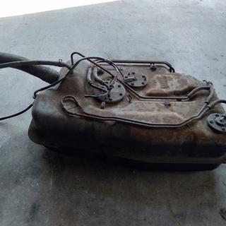 アルトワークスHA11/21S 燃料タンク
