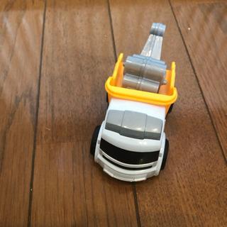 クレーン車 おもちゃ