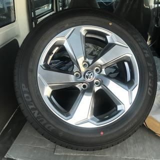 トヨタLOVE4 タイヤ225/60R18 100H
