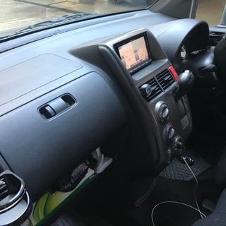 Honda モビリオスパイク(英語ナビゲーションなどオプション付き) - 中古車