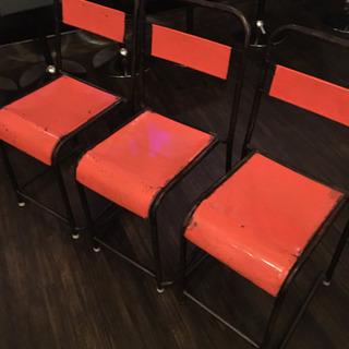 椅子 オレンジ 3個