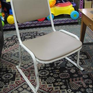 スタッキング座椅子 スタッキングチェア 座敷チェア 座椅子 鉄製の画像