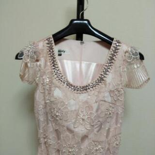 ピンクのドレスワンピース