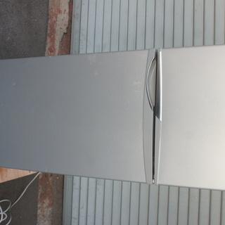SANYO(サンヨー)2ドアノンフロン冷蔵庫!114ℓを格安でお...