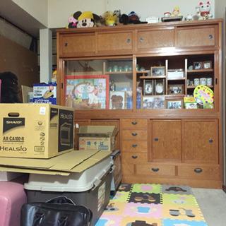 和茶箪笥 家具屋さんのワンメイド 結構大きくて重たいです