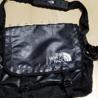 ノースフェイスショルダーバッグ