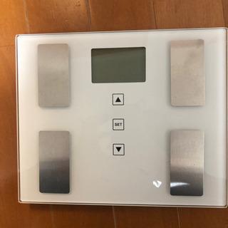 新品電池付き タニタ体重計