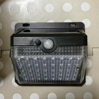 週末値下げ新品ソーラーセンサーライト人感本体のみビス取説なし − 高知県