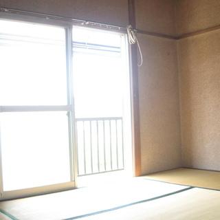 京王線南平駅徒歩8分・和室2部屋の2Kです