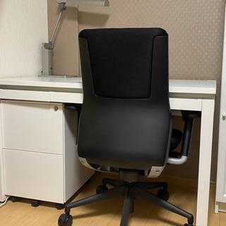【貰い手さま確定済】元値5万円の椅子付き!大きめデスクセットホワ...