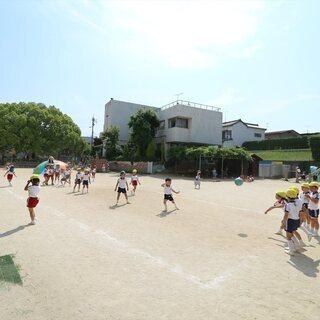 【幼稚園のパート保育補助】9:00~14:00勤務のため扶養内で...