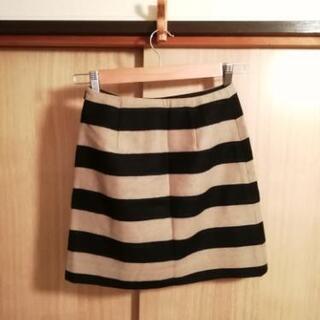 NATURAL BEAUTY BASIC 膝丈スカート