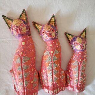 可愛い猫3匹。美品。480円。