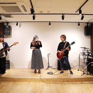 【東京/吉祥寺】社会人・初心者のベース教室×バンドサークルが誕生 − 東京都