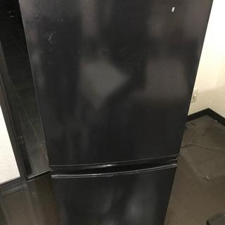 冷蔵庫、黒、1人用