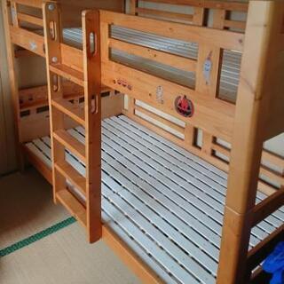 【3月7日まで】二段ベッド 垂直はしごで狭いスペースでもOK!