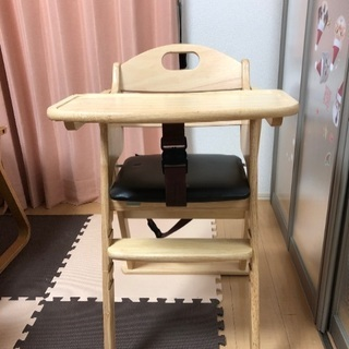 子供用の椅子です。