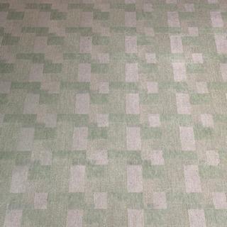 緑色のカーペット