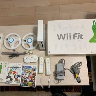 Wii一式 Wiiフィット&ソフト4本付き