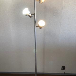 ☆お値引可☆ フロアスタンドライト 角度調整可能3灯照明