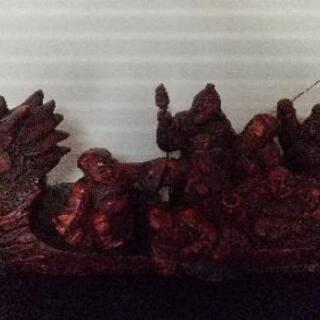七福神の宝船の置物