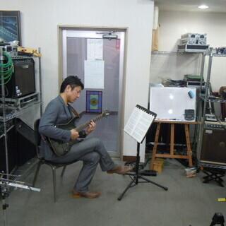 ベース教室 自分に合った個人指導 弾きたい曲を弾けるように