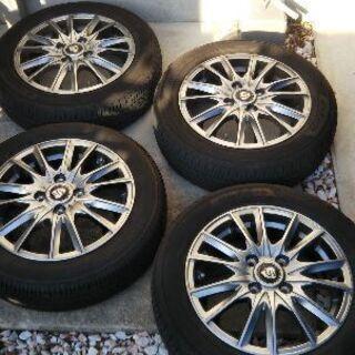 タイヤ、14インチホイール4本セット売ります。