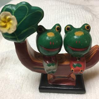 アジアン雑貨 木の上のカエル