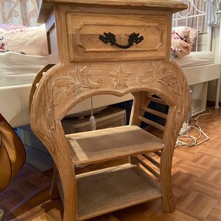 木製アンティーク調サイドテーブルFrancFranc