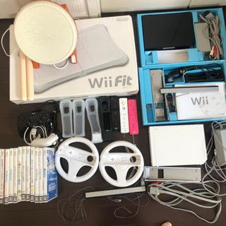家庭用ゲーム機Wiiと付属品、ソフト