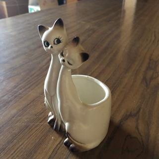 【取引先決定】猫の入れ物 陶器