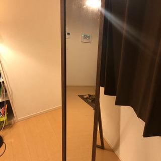 鏡と座椅子