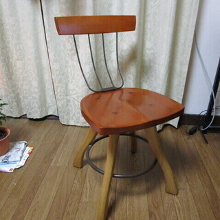 おしゃれな椅子はいかがですか