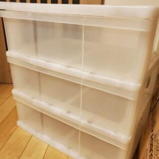 透明プラスチック製収納ケースお譲りします