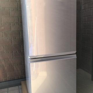 ★SHARP 2ドア冷蔵庫 つけかえどっちもドア 137L 20...