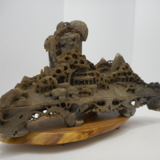 自然石 木製台付き 置物 オブジェ 石彫刻 精密彫刻 時代 骨董...
