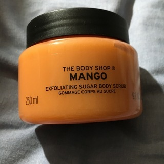 The Body Shop Sugar Scrub (Mango)